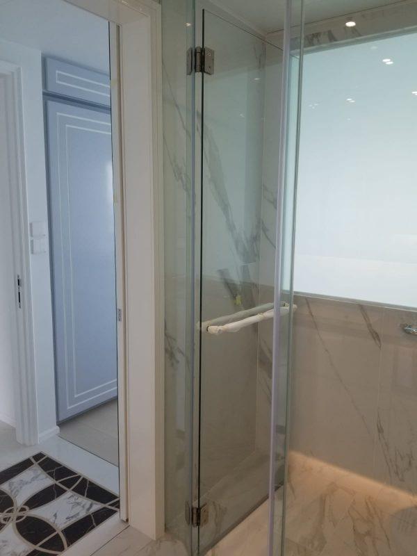 Master bathroom_4
