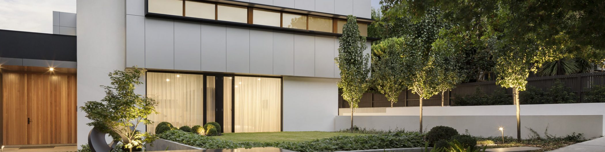 modern-house-exterior-E3A7NAJ-1.jpg